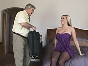 Regular family gets a pornstar proffessional guest