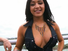 Newbie black hottie LIsa Lee with amaizing tits