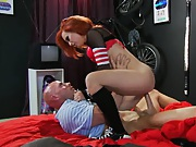 Fucking college whoe she is humping and umping