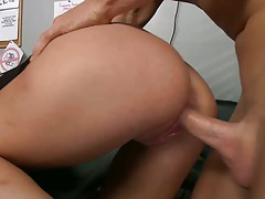 Teen fucked in parole officers room