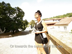 Pick up amateur girl Katia in the tourist attraction public area for money