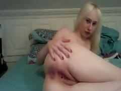 Teen spreading ass on home webcam video