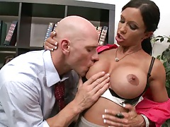 Big tits officer worker Jewels opens shirt for boss